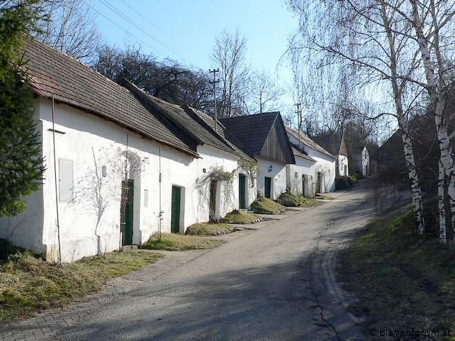 SetHeight495-Ameis-Loahmgstettn.jpg